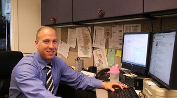 ASU alum helps bridge community, government through technology